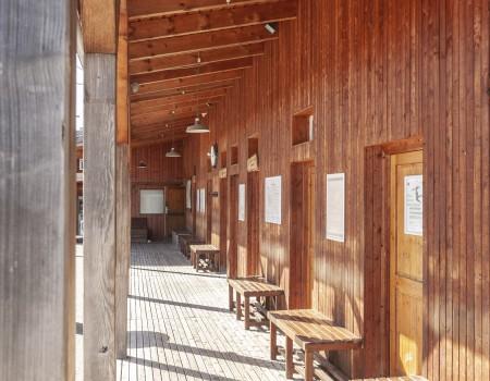 030_DE_Bom-Gebäude