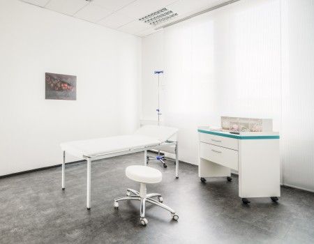030_DE_Dexter-Behandlungsraum 3