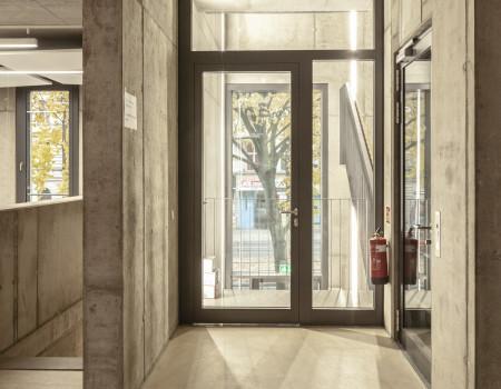 030_DE_Amador-Eingangsbereich