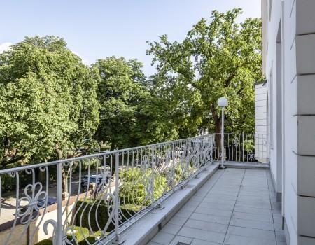 030_DE_Max-Balkon 2
