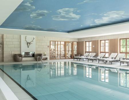 030_DE_Creighton-Schwimmbecken 2