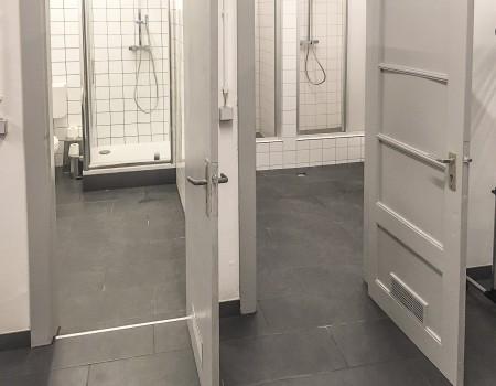 030_DE_Chrystin-Sanitäreinrichtung