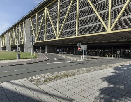 030_DE_Henri-Parkplatz