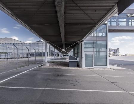 030_DE_Henri-Außenbereich 1