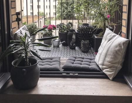 030_DE_Carla-Balkon