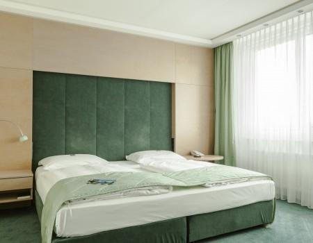 030_DE_Court-Hotelzimmer