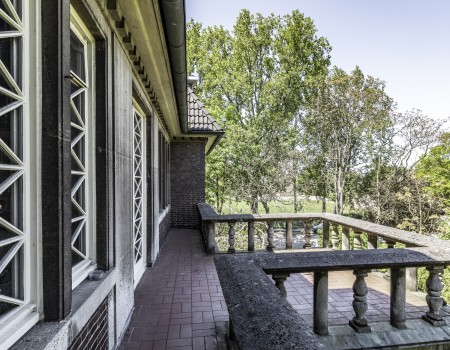 030_DE_Steffen-Balkon