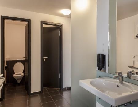 030_DE_Birger-Sanitäreinrichtung