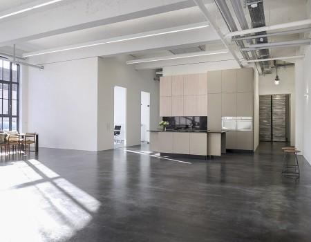 030_DE_Cary-Studiofläche 2