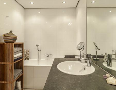 030_DE_Armena-Badezimmer