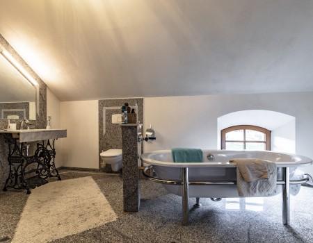 030_DE_Loredano-Badezimmer