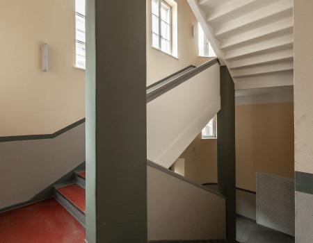 030_DE_Rusty-Treppenhaus