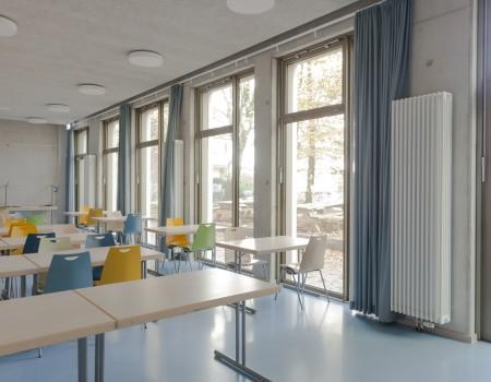 067_DE_Drew-Klassenzimmer