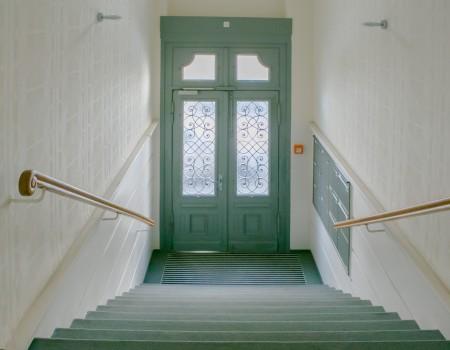 010_DE_Lollo-Eingang